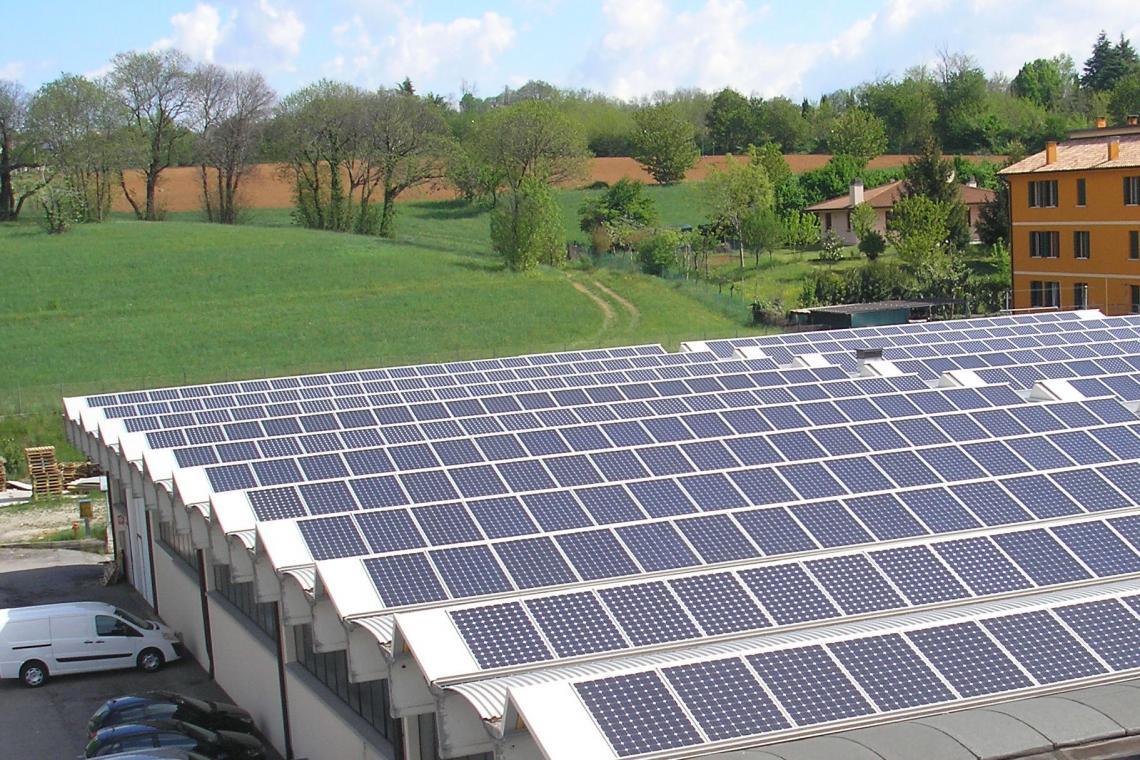 Impianti Fotovoltaici Busto Arsizio impianti fotovoltaici industriali: quanto conviene oggi il